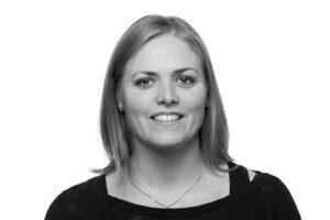 Tina Grøn - Skov Regnskab ApS